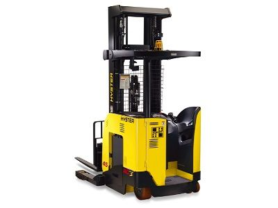 Reach truck-forklift trucks