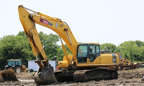 Crawler Excavators-excavator types-earthmoving equipment