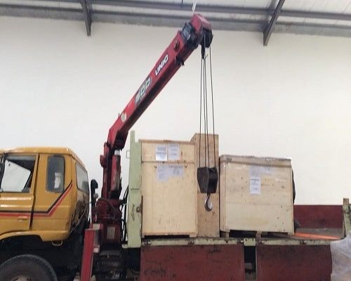 Famio Services Mounted Crane Truck1
