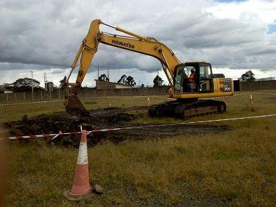famio excavator rental
