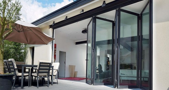 10 Amazing Ways to Use Bi-Folding Doors in Living Rooms